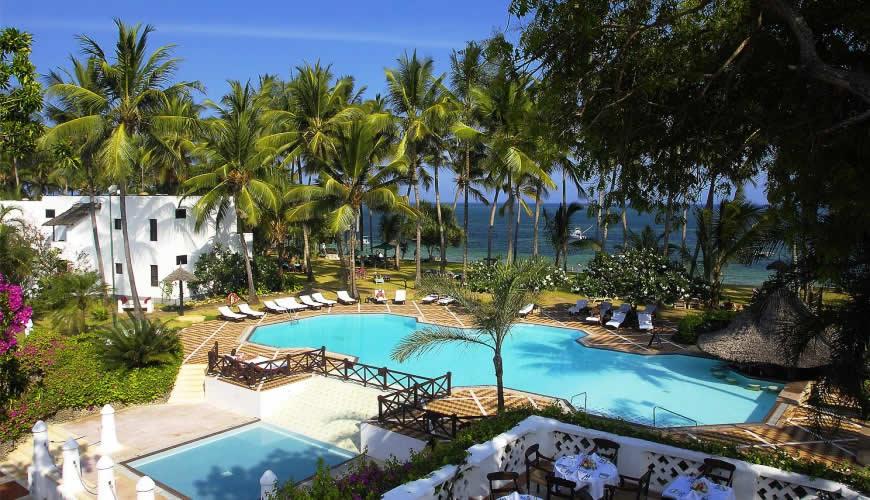 Serena Beach Resort pool